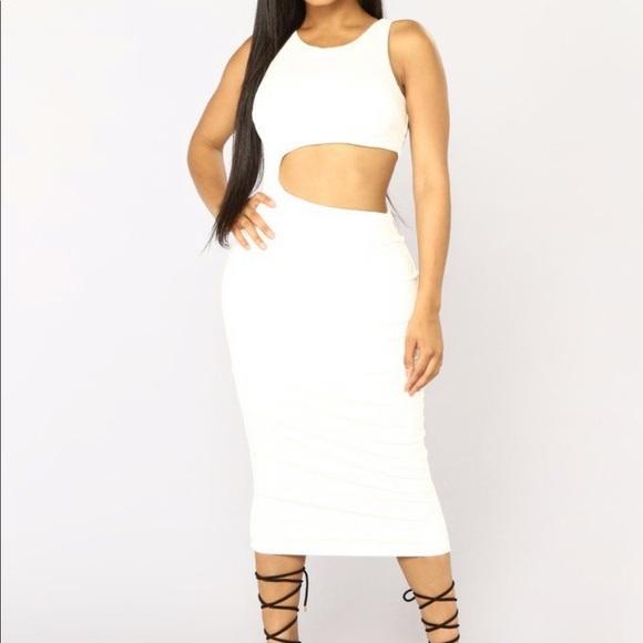 Fashion Nova Dresses & Skirts - Fashion nova midi cut out dress